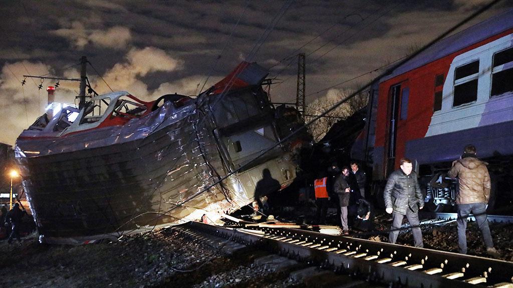 МИД: два гражданина Беларуси пострадали при столкновении 2-х поездов в столице