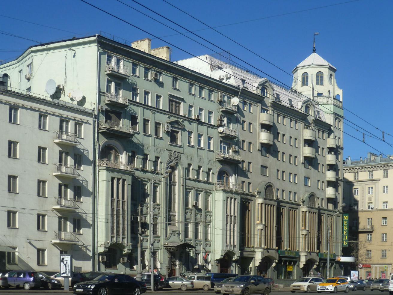 Доходный дом Чижиковой М.Н. и его жители.