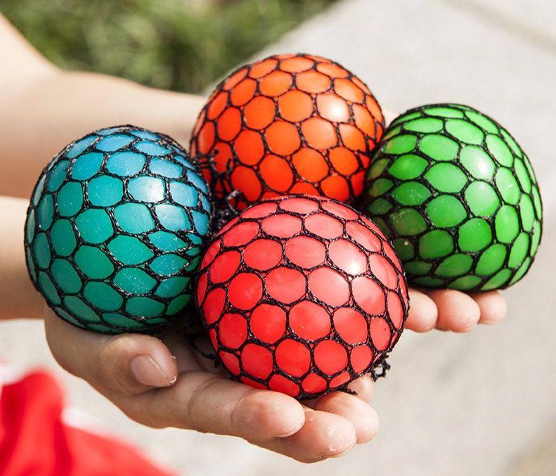 Мячик антистресс в сетке