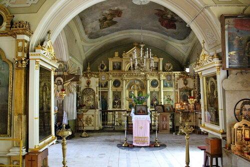 Церковь Космы и Дамиана в Болшево. Интерьер Казанского придела.