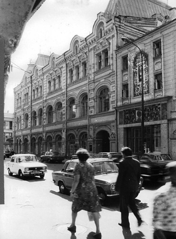 110171 Улица Жданова (Рождественка) 9 кон. 70-х.jpg
