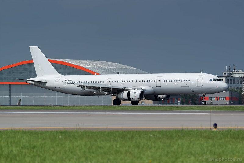 Airbus A321-231 (VP-BHN) Nordwind 366_D802141