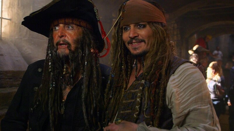 Пираты Карибского моря 5». Фотографии со съемок. Сцена с Полом ...