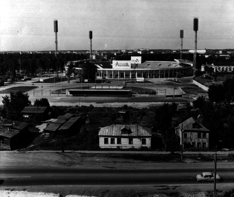 стадион Локомотив, 1966 год