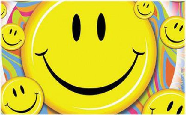 С Днем улыбки! Смайлы улыбаются