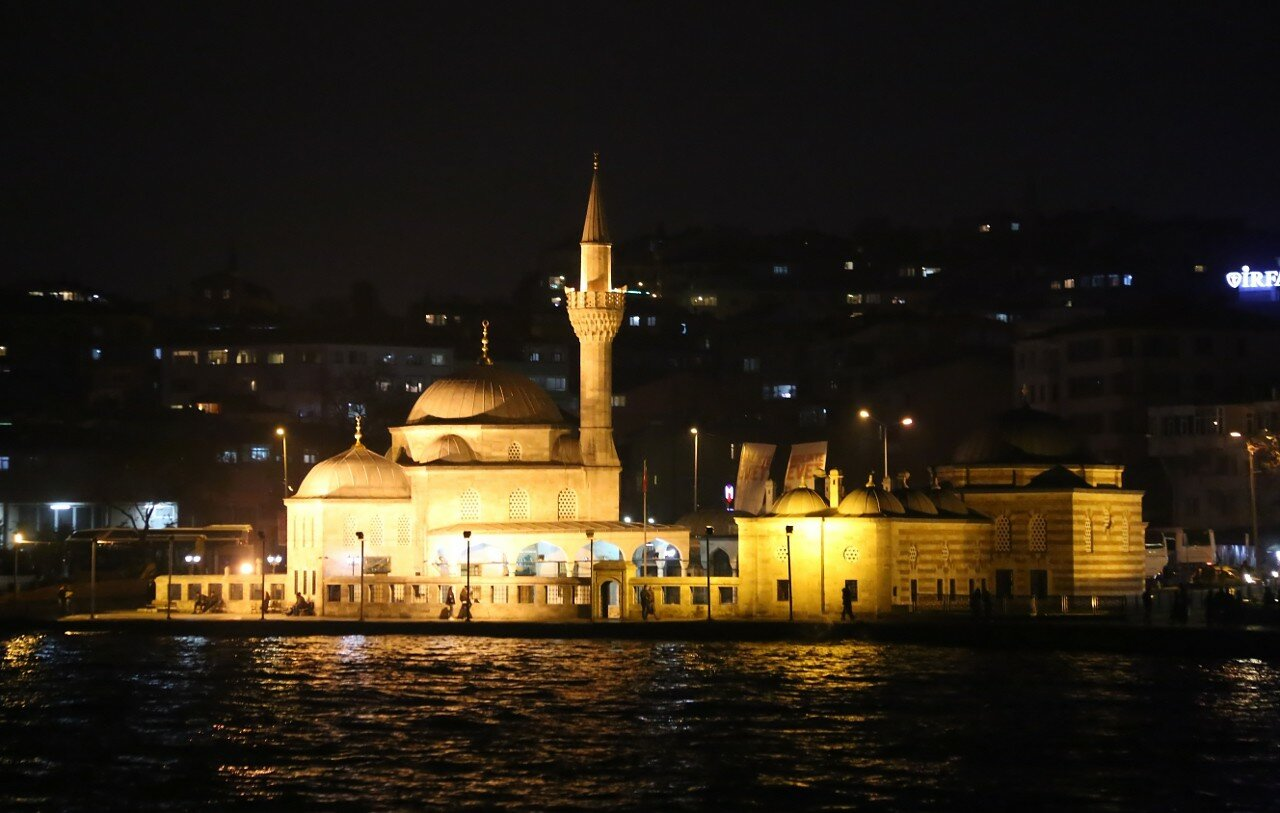 Istanbul at night from the Uskudar-Eminonu ferry