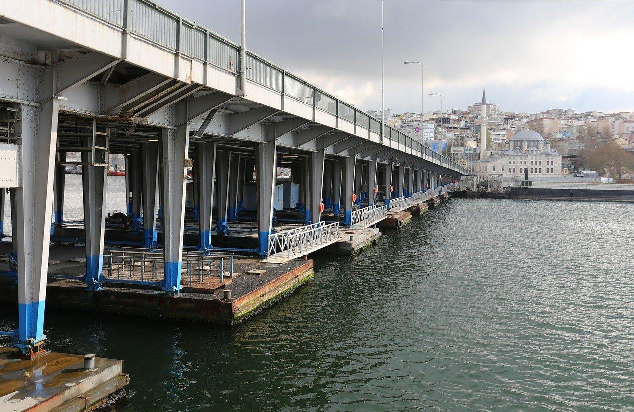 Стамбул. Мост Ататюрка (Atatürk Köprüsü)