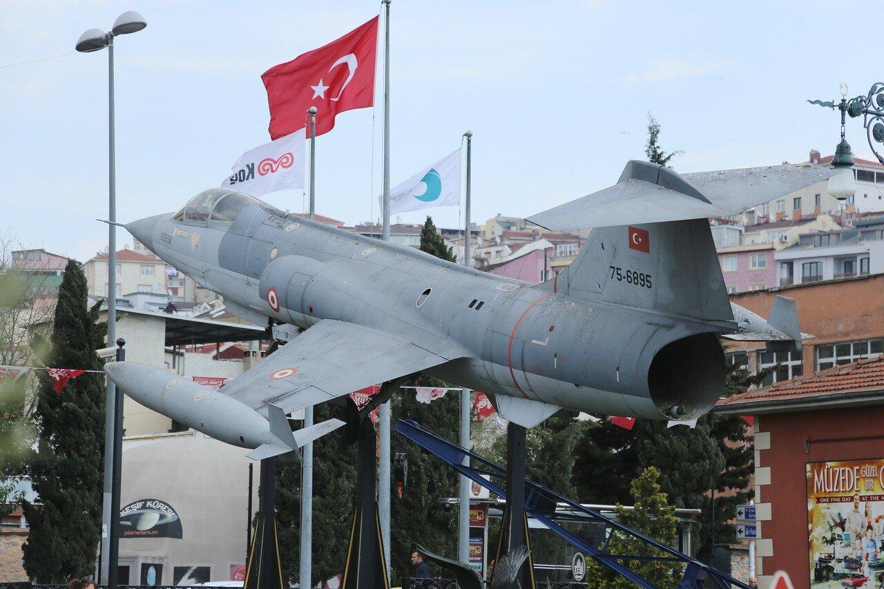 Lockheed F-104 Starfighter. Rahimi M.Koch museum, Istanbul