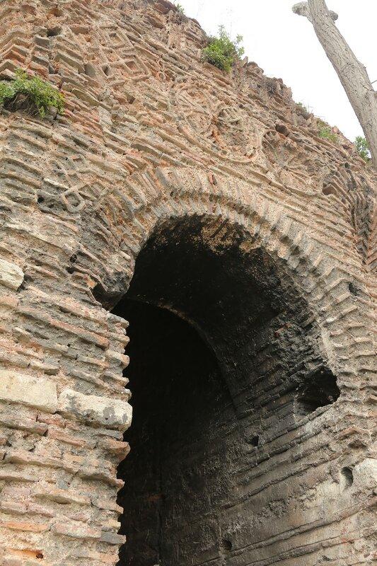 Стамбул. Городские стены. Павильон Инчили (İncili Köşk)