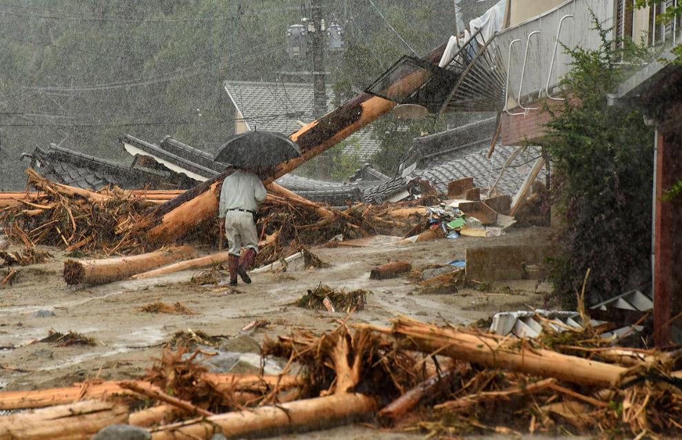 14. Наводнение в Японии, 2017 год. (Фото Kazuhiro Nogi):