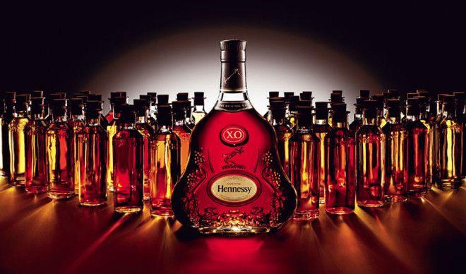 Алкоголь Постарайтесь удержать себя в руках и не перевозить в багаже целый ящик такого вкусного фран