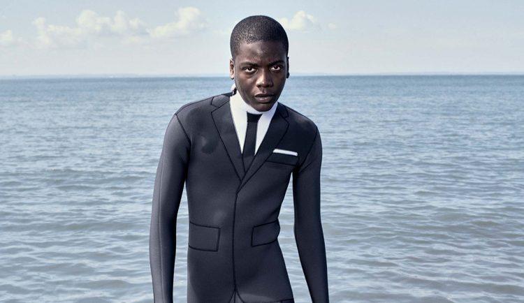 С пляжа на переговоры: дизайнер создал деловой гидрокостюм (8 фото)