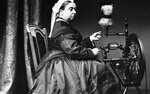 Queen-Victoria-with-a-spinning-wheel-at-Balmoral_729_456_s_c1.jpg