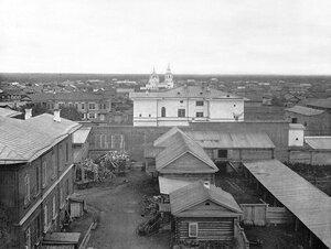 Панорама города с видом на Троицкую церковь