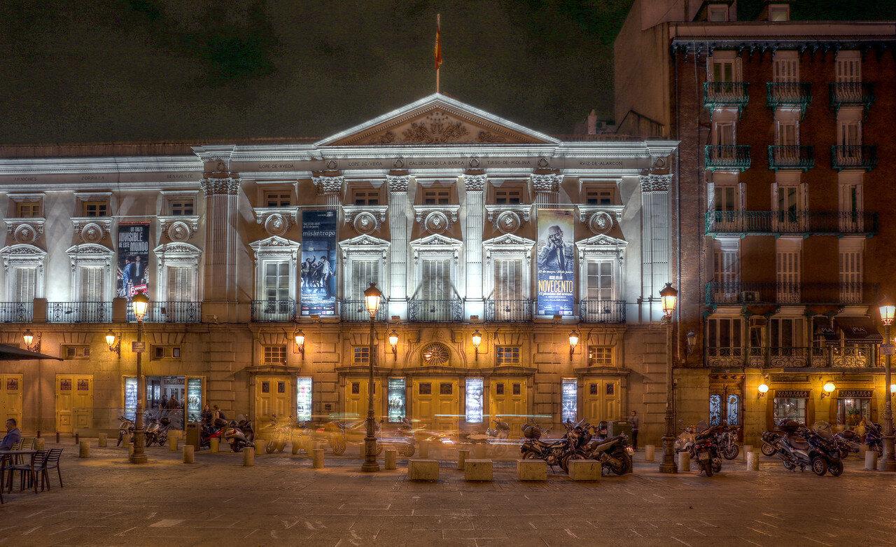 Ночной Мадрид. Театр Эспаньоль (Teatro Espagnol)