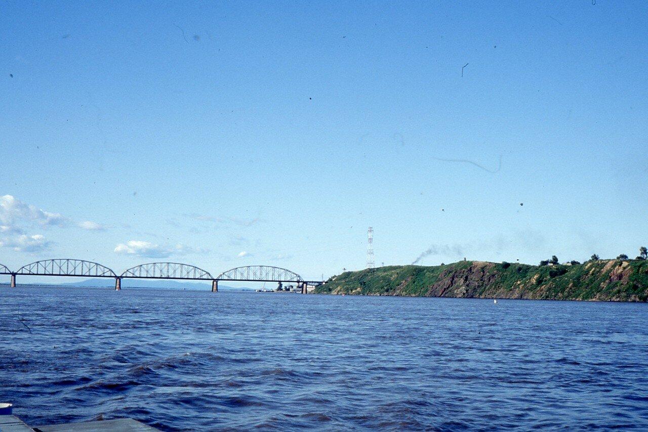 Хабаровск. Мост на реке Амур