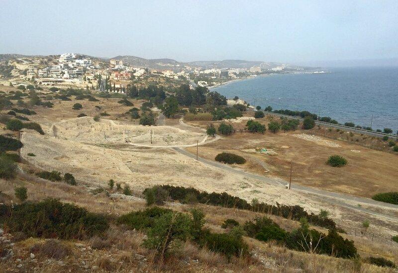 Кипр. Вид на Пафос