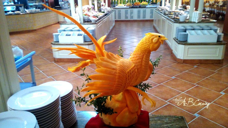 16-Alternative-Halloween-Pumpkins-carved-by-master-Angel-Boraliev-59ec66a43152f__880.jpg