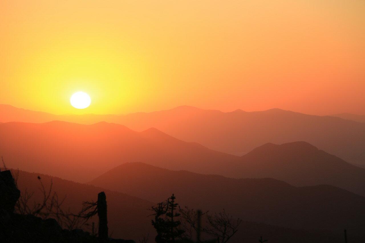 Осенний рассвет в горах Сихотэ-Алиня