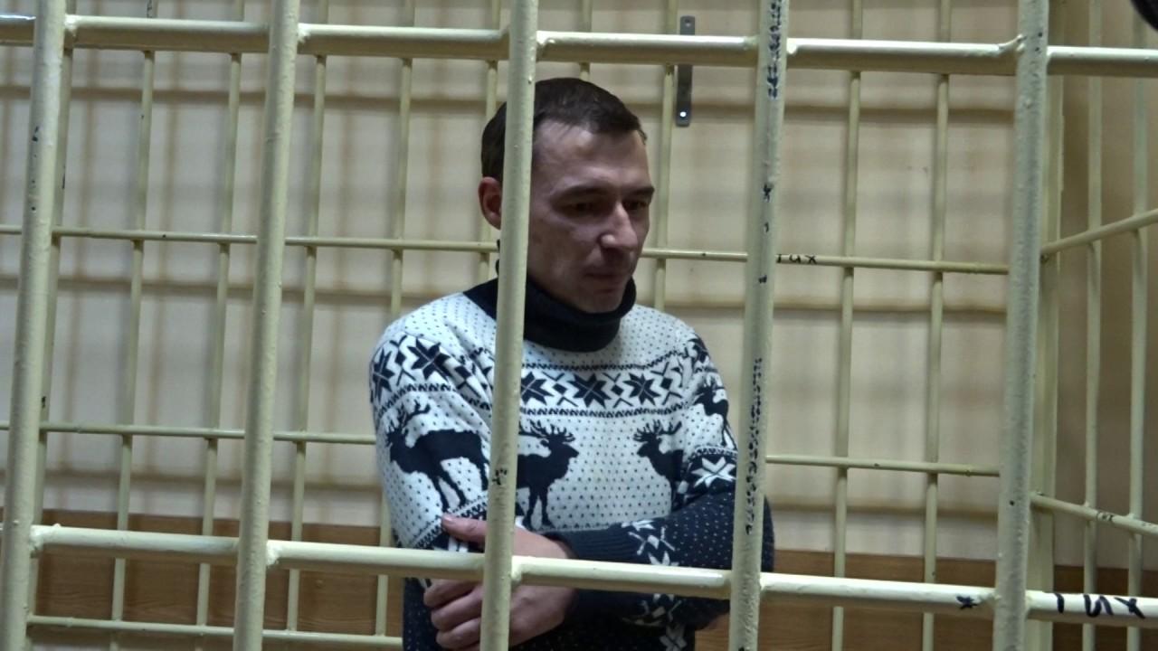 Протаранивший терминал казанского аэропорта лихач избежал уголовной ответственности