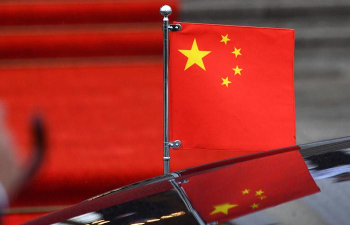 Агентство S&P понизило рейтинги Китая впервые с1999 года