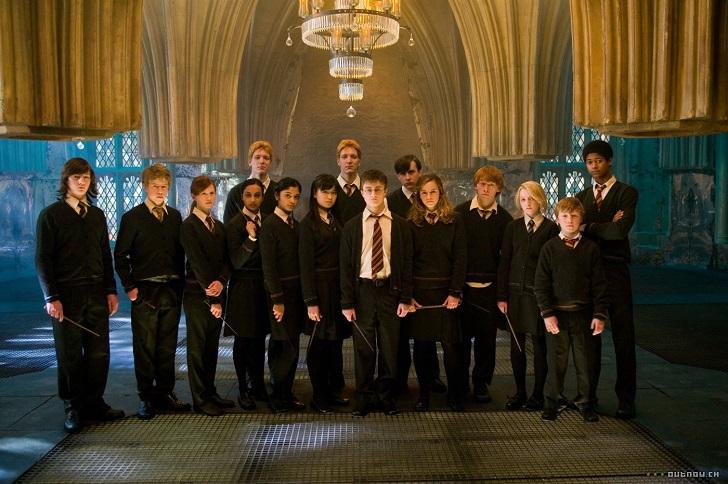 2. Каждый фильм о Гарри Поттере входит в 50 самых кассовых фильмов в истории.