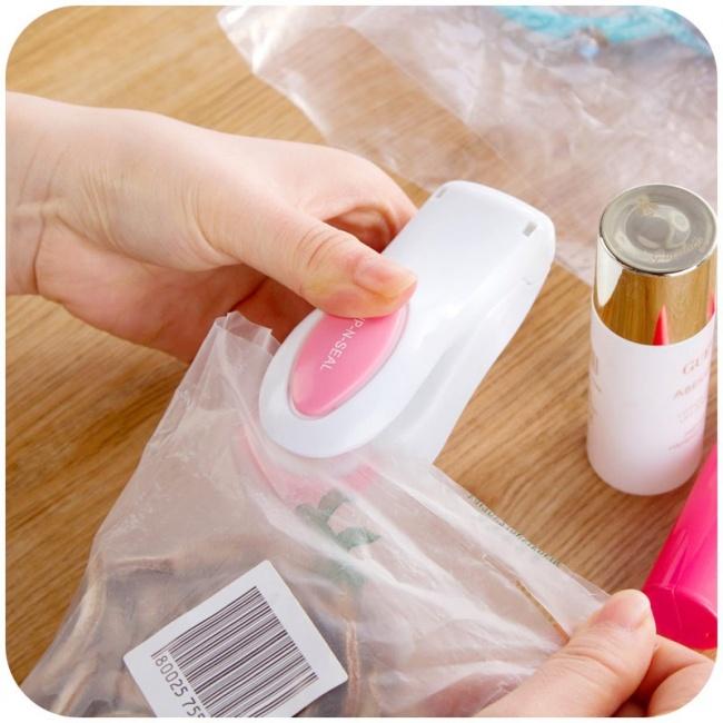 © markethot  Этот ручной запайщик пакетов убережет продукты отлишней влаги, пыли инасекомых.