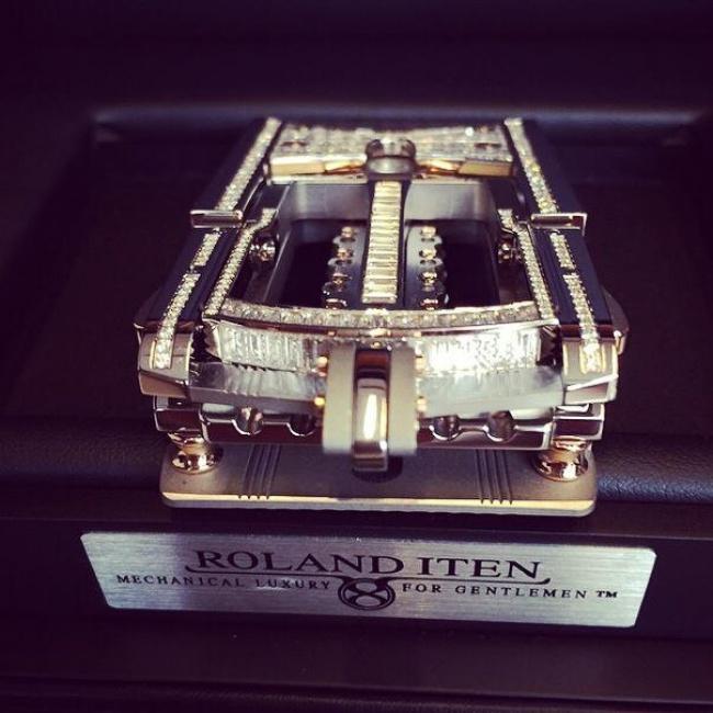 © Roland Iten  Кажется, что может быть сложного впряжке? Однако пряжка отRoland Iten— насто