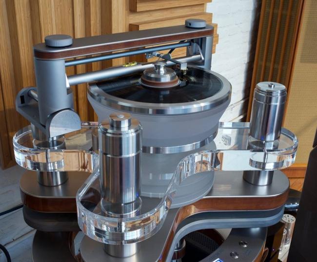 © Clearaudiohifi  Высочайшее качество звучания истильный дизайн для истинных ценителей винило