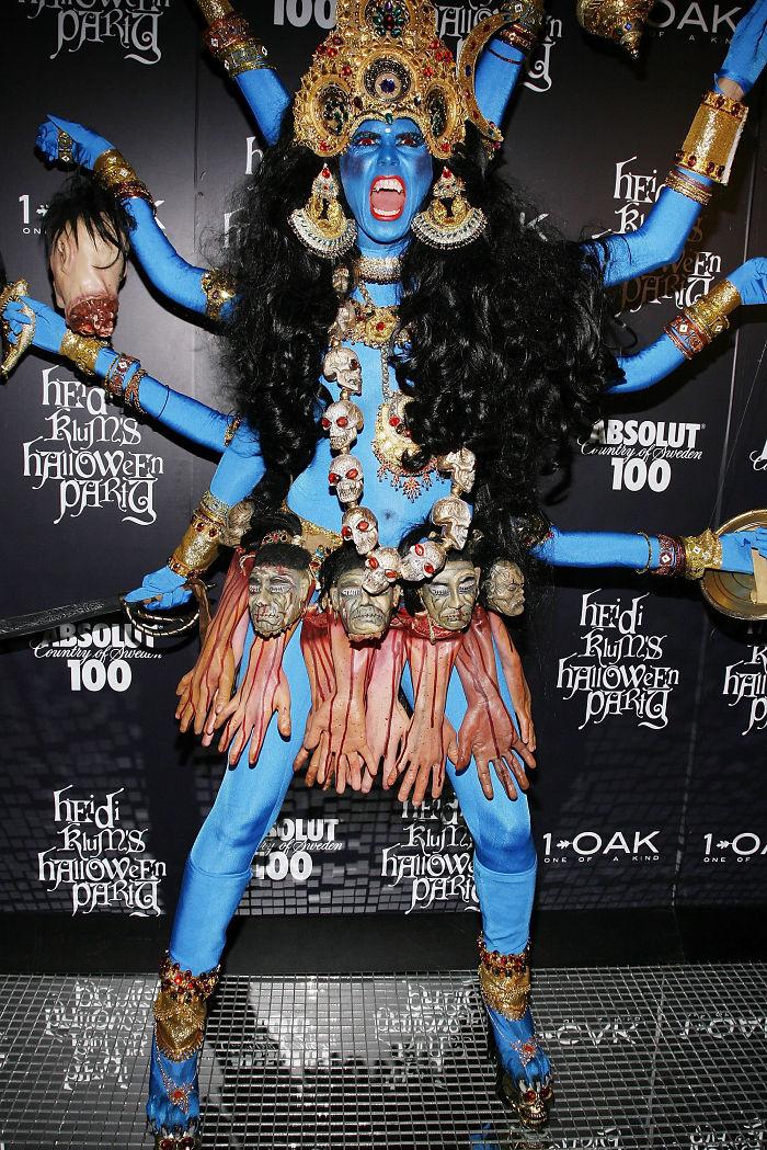 2008 год: богиня Кали    Этот образ заслуженно считается одним из лучших маскар