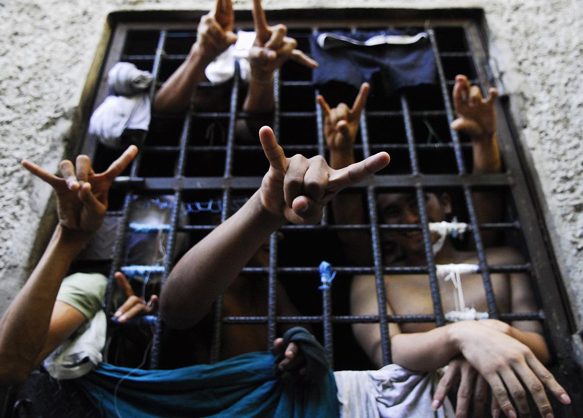 ВДелавэре заключенные одной изтюрем взяли взаложники охрану