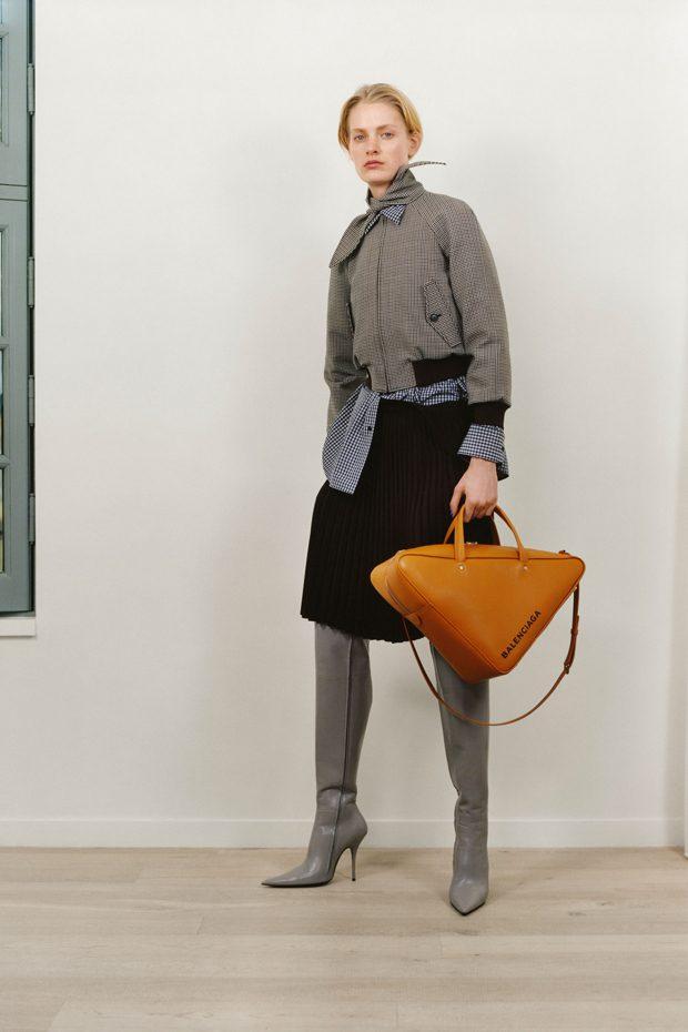 Balenciaga Pre-Fall 2017 Collection