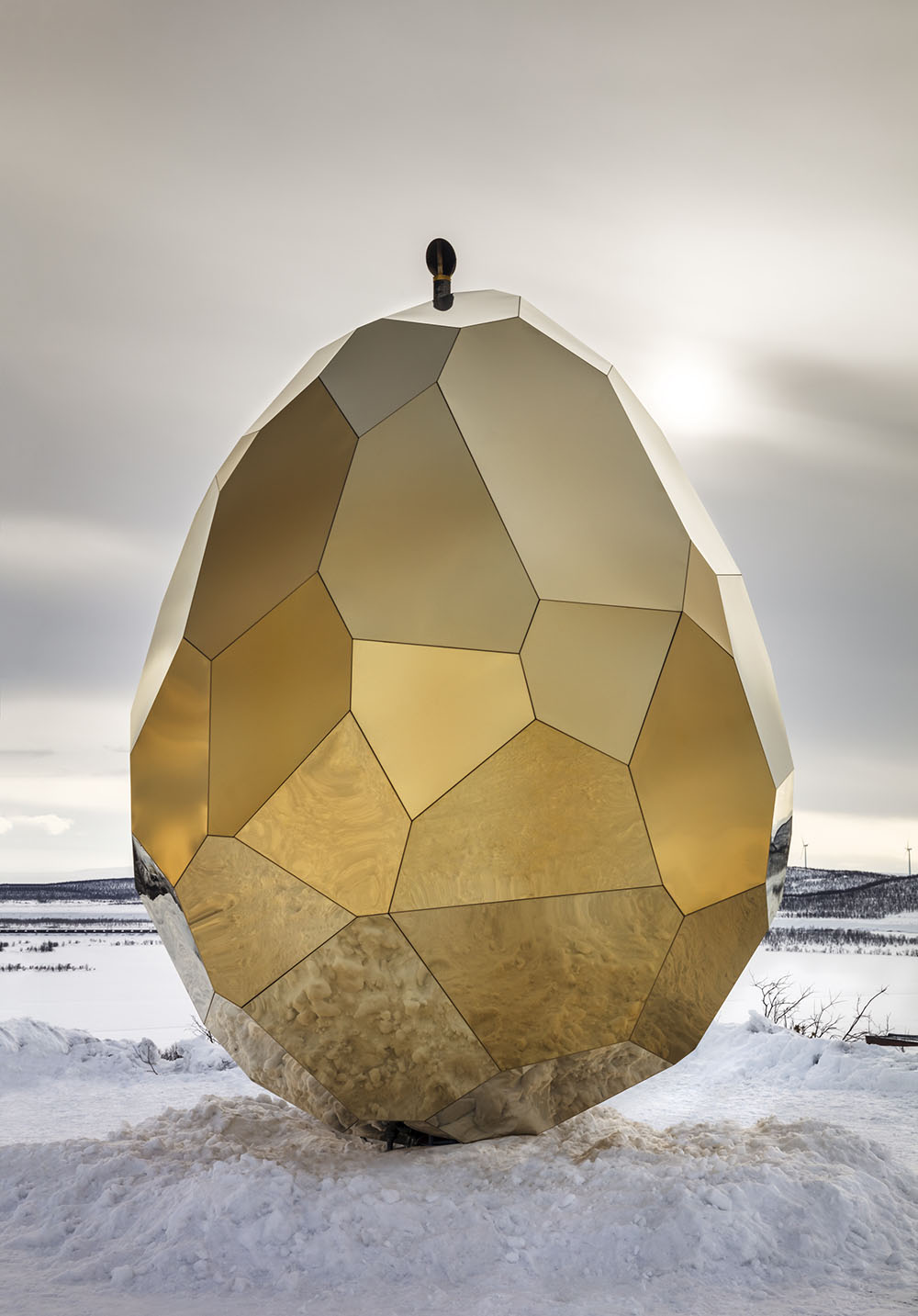 A Mirrored Golden Egg Sauna is Hatched in Sweden