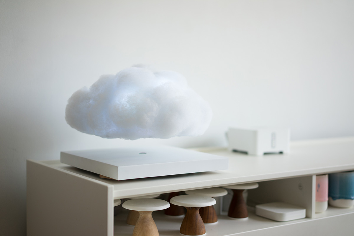 Floating Cloud: An Electromagnetic Cloud That Hovers on Your Desktop by Richard Clarkson