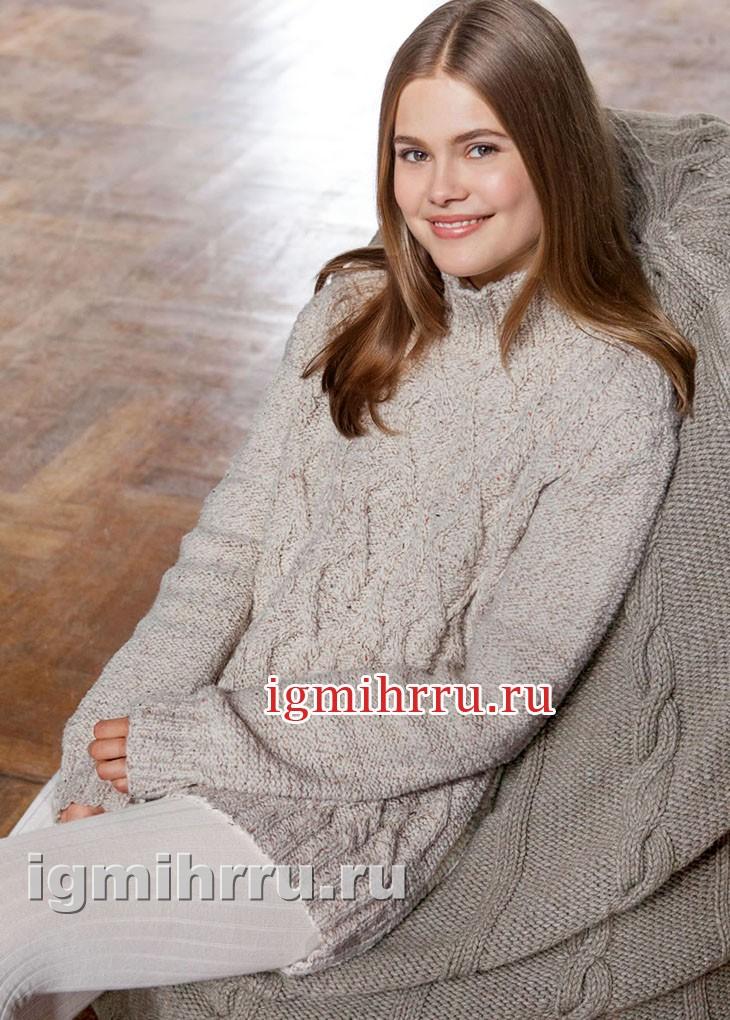 Светлый меланжевый пуловер с косами и ромбами. Вязание спицами