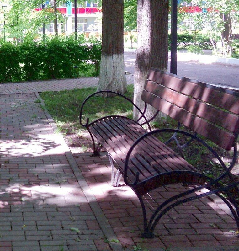 Просто скамейка...