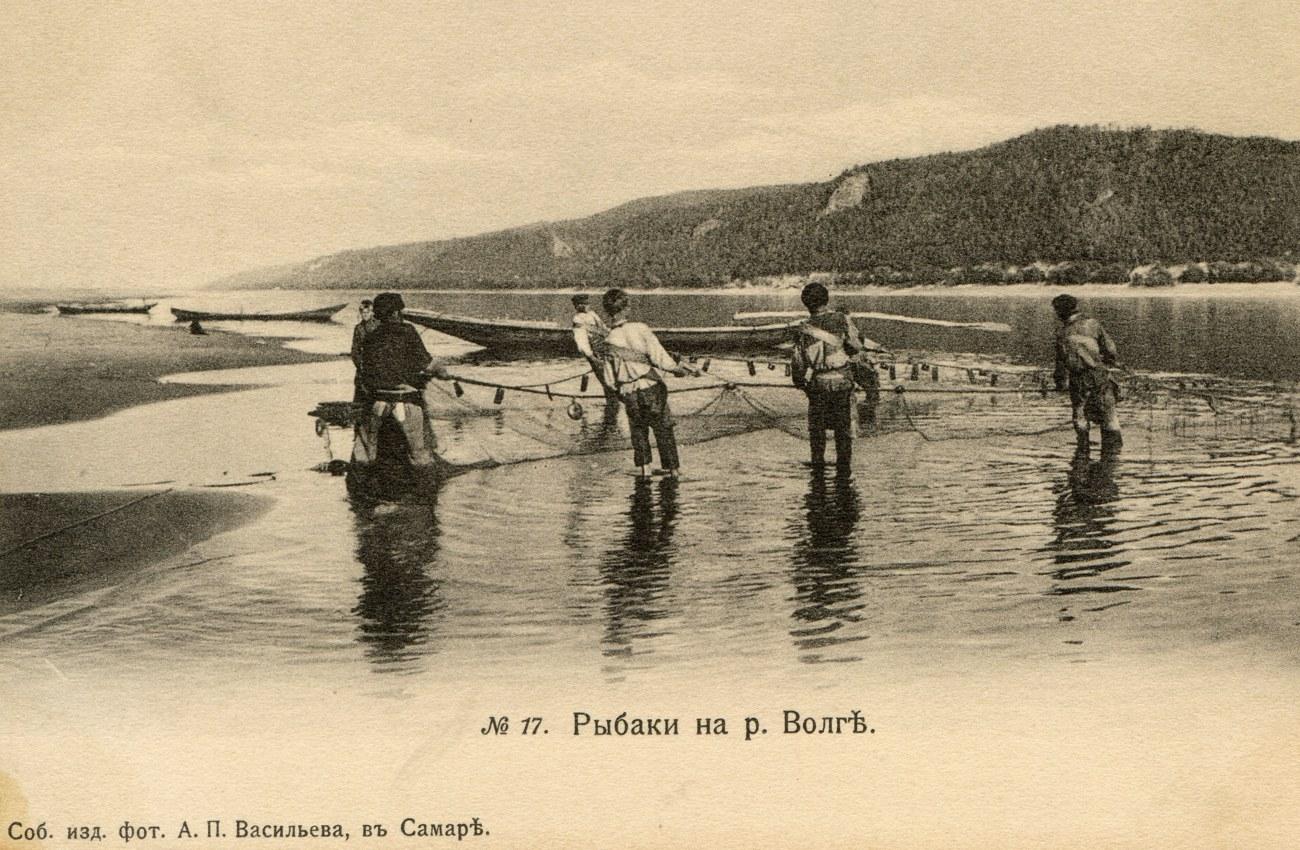 Окрестности Самары. Рыбаки на Волге