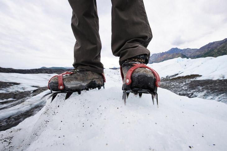 2. Ледник Матануска расположен в долине в Чугачских горах на территории боро Матануска-Суситна. Разм