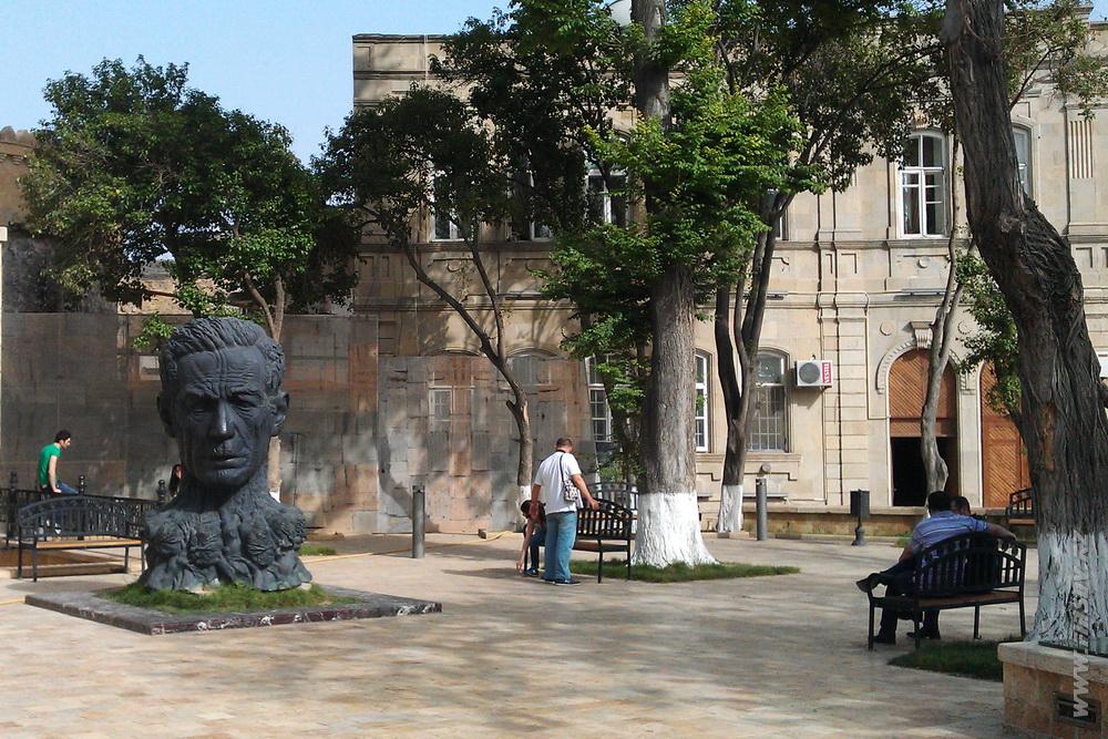 Baku_Old_Town 21.JPG