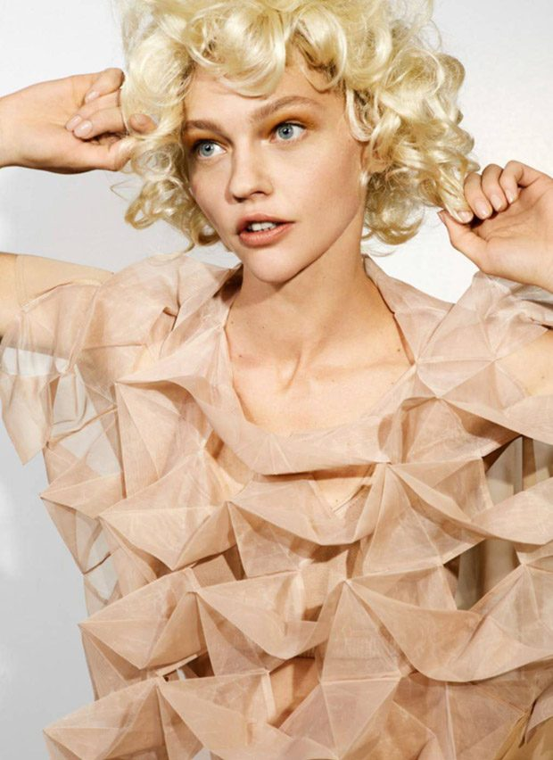 Supermodel Sasha Pivovarova Dazzles for Vogue Paris April 2017 Issue