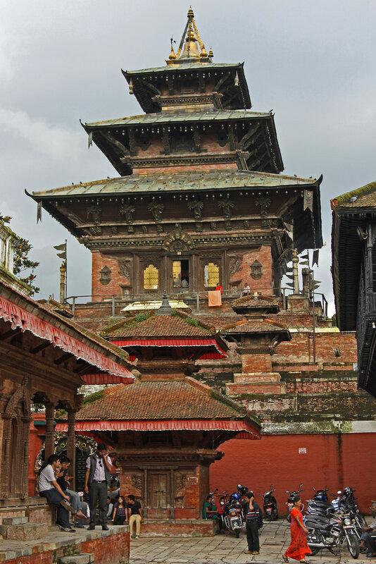 Храм богини Таледжу