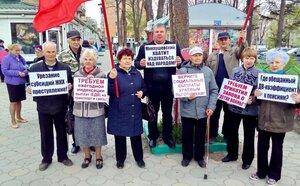 Серьёзный укор властям от детей войны города Артёма, вышедшим на акцию протеста в преддверии Дня Победы