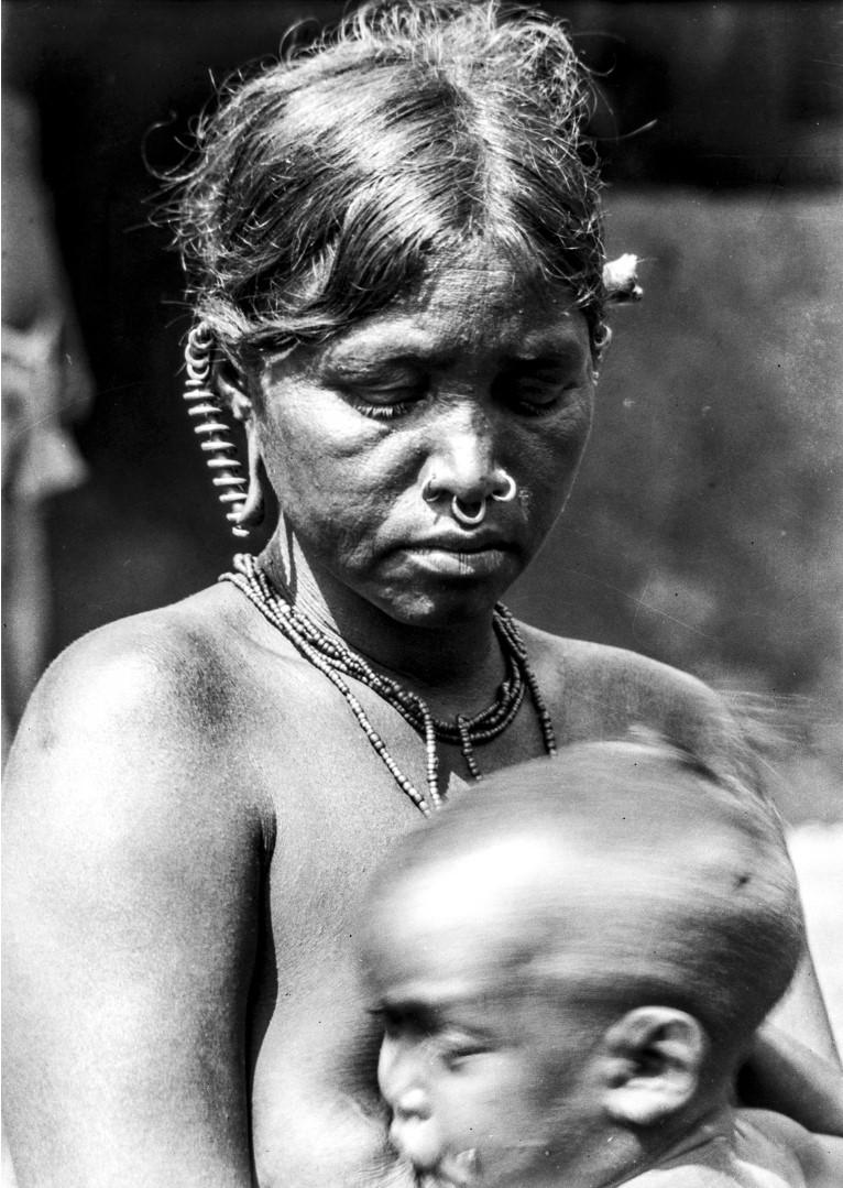 792. Орисса. Женщина с ребенком