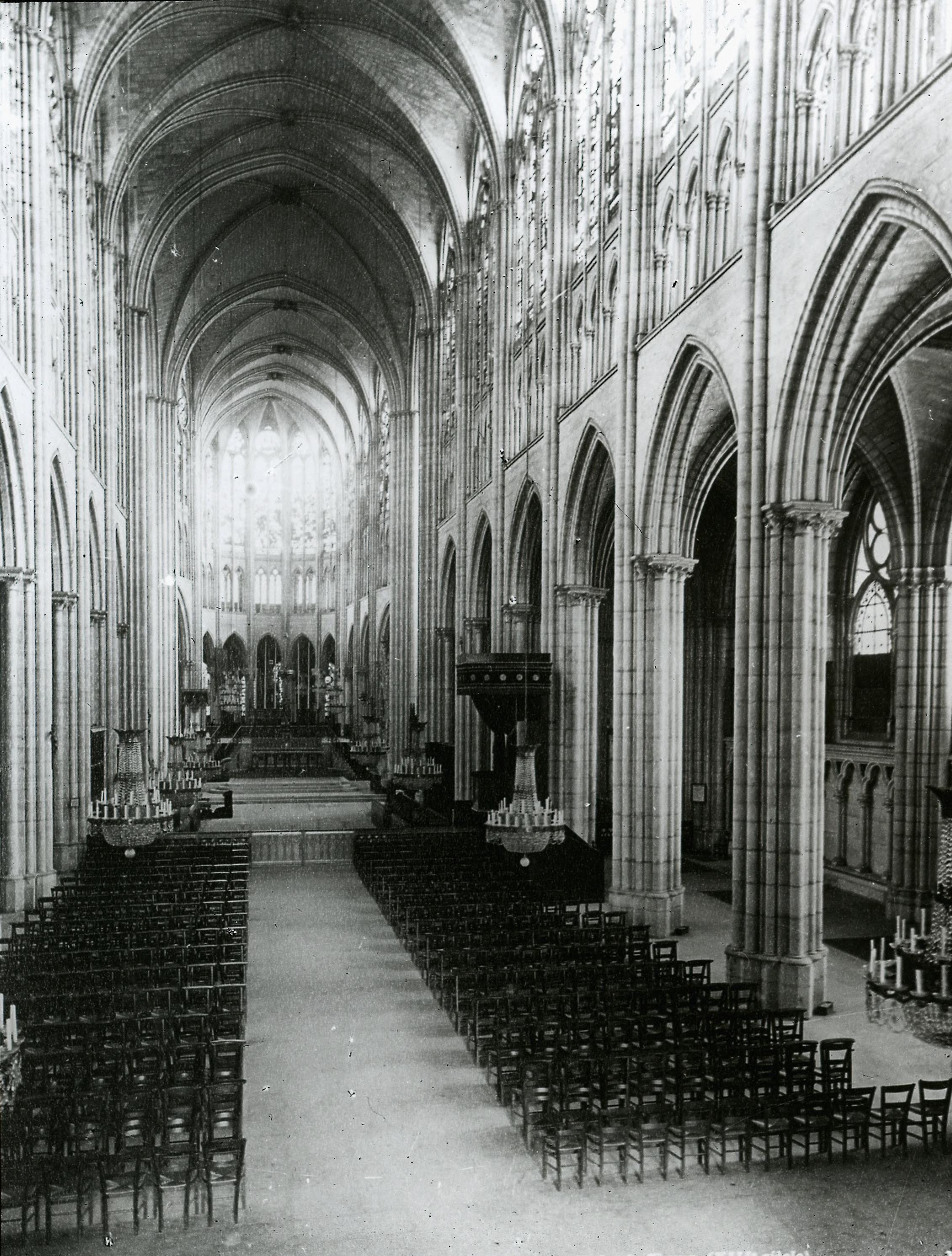Аббатство Сен-Дени. Неф.1132-1144