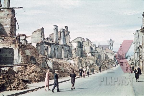 stock-photo-destroyed-buildings-in-minsk-belarus-russia-1941-11253.jpg