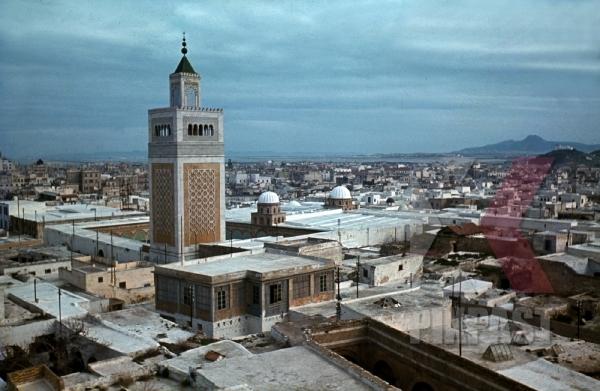stock-photo-german-occupation-of-tunis-tunisia-1942--ezzitouna-mosk-12457.jpg