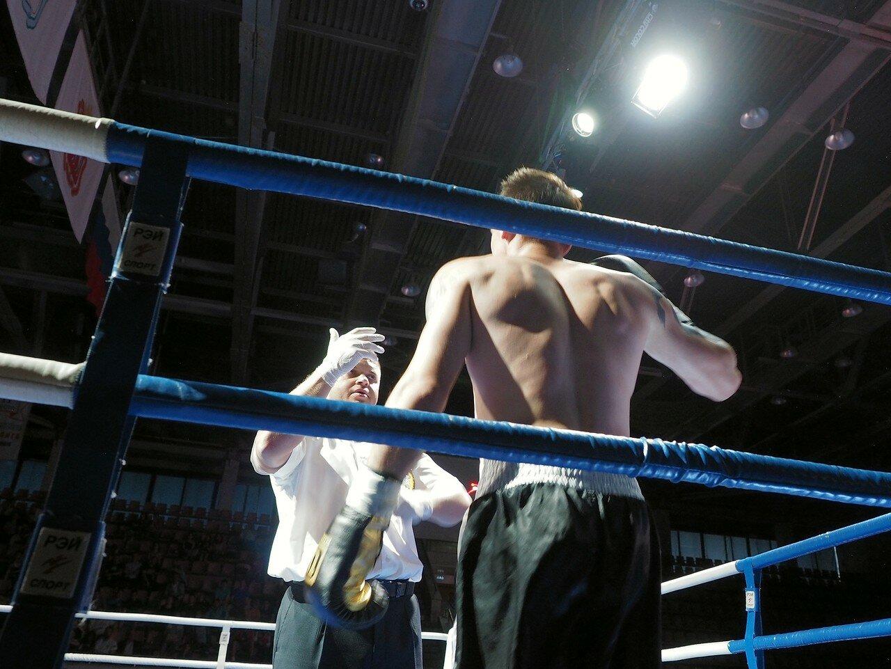 94 Вечер профессионального бокса в Магнитогорске 06.07.2017