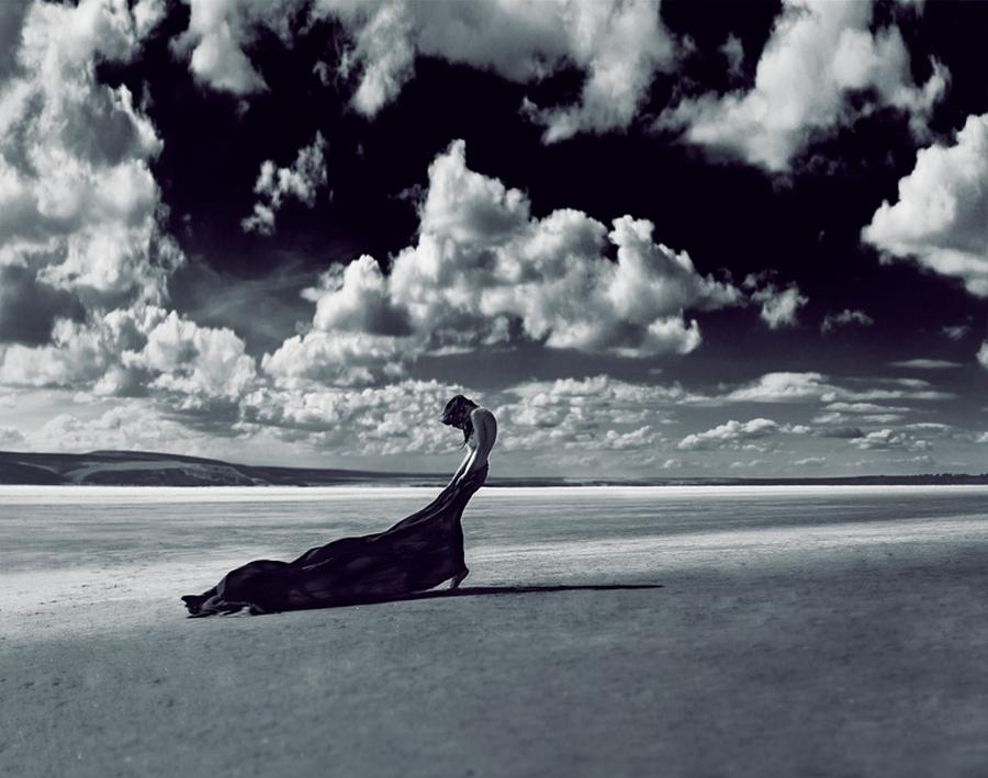 Изящная женская красота на снимках Михаила Судакова