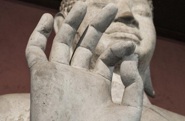 © jo-jo  Большинство людей воспринимают жест рукой «О.К.» как слова «все впорядке» или «прави