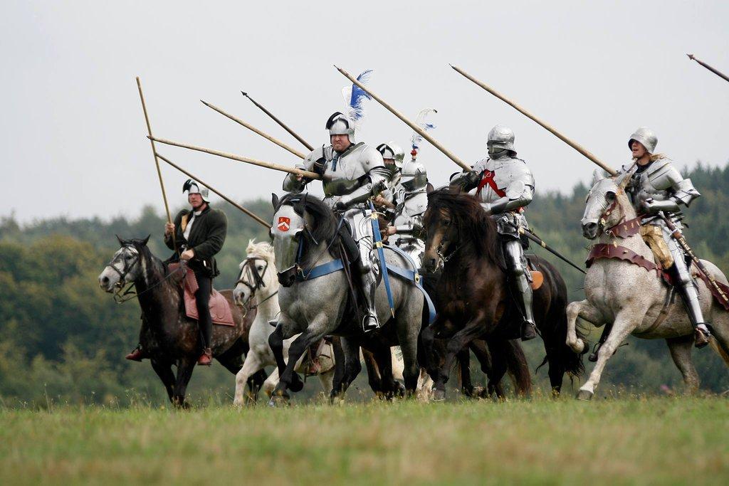 Почему армии слезли с лошадей и пошли в атаку пешедралом (1 фото)